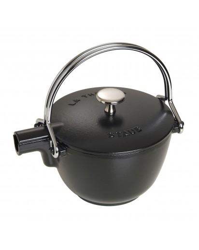 Staub: Teekanne aus Gusseisen, schwarz